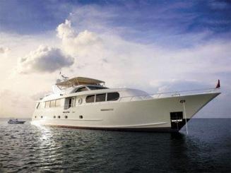 3plane-yacht